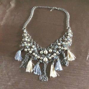 Stella and Dot trendy fringe necklace
